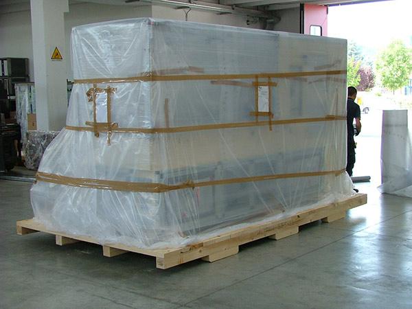 Fornitore-imballaggi-termoretraibili-flessibili-modena